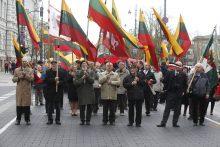 Surengė eitynes: Lietuvos valstybės vėliavai – šimtas metų