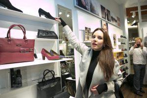 Lietuvos žvaigždės atskleidė, kaip renkasi batus