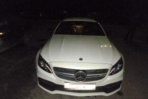 """Rusas prabangiu """"Mercedes"""" nuo pareigūnų spruko 240 km/val. greičiu"""