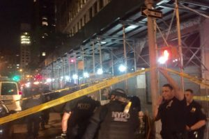Niujorke per repo koncertą nušautas mažiausiai vienas žmogus
