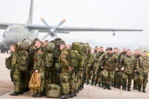 Į Kauną atskrido Vokietijos kariai iš NATO bataliono