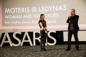 """Dar viena lietuviška premjera: A. Stonys pristatė """"Moterį ir ledyną"""""""