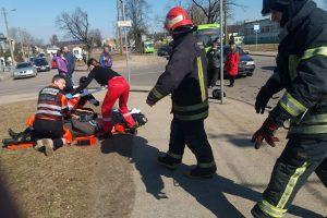 Nelaimė Panemunėje: partrenktas motociklininkas