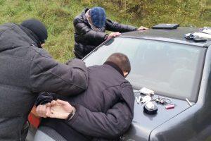 Policija susėmė tabore narkotikų užsipirkusius vyrus