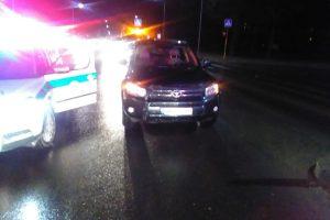 Partrenkta pėsčioji žuvo vietoje (policija ieško liudininkų)