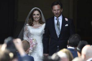 "Buvusi ""Spice Girls"" narė G. Halliwell ištekėjo"