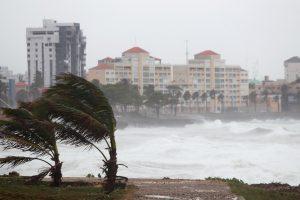 Dominikoje atogrąžų audra nusinešė 20 gyvybių, kelia grėsmę Haičiui