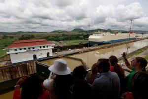 Pradėjo veikti naujai praplatintas Panamos kanalas