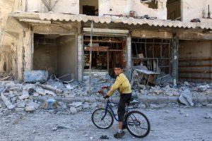 Rusija pateko į kritikos ugnį dėl bombarduojamo Alepo