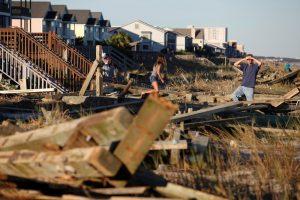 Silpnėjančio uragano sukeltas potvynis JAV nusinešė 15 gyvybių