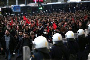 Graikai mini 1973 metų studentų sukilimą Atėnuose