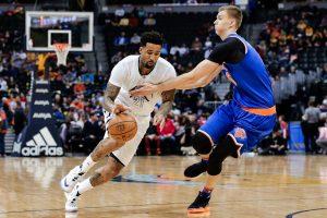 """""""Knicks"""" devintą kartą iš eilės pralaimėjo Denveryje"""