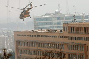 """Kabule per """"Islamo valstybės"""" ataką ligoninėje žuvo daugiau nei 30 žmonių"""