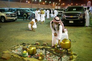 Musulmonai baigia hadžo apeigas: šventės ritualai ir iššūkis Saudo Arabijai