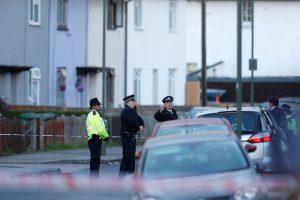 Britų policija atlieka kratą namuose, susijusiuose su sprogimu metro