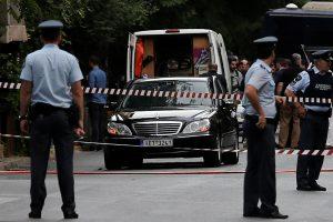 Graikų policija sulaikė įtariamąjį bandymu susprogdinti buvusį premjerą