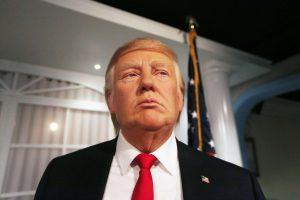 """""""Madame Tussauds"""" muziejuje atidengtas vaškinis D. Trumpas"""