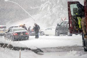 Žiemos audra JAV privertė atšaukti daugiau kaip 2,5 tūkst. skrydžių