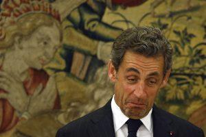N. Sarkozy ir V. Putinas surengė privatų susitikimą
