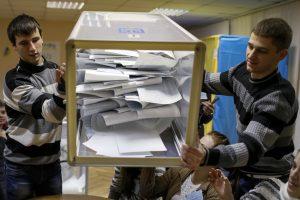 ES ir NATO rinkimus Ukrainoje laiko mandatu reformoms
