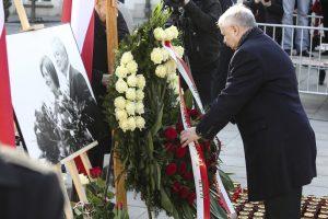 Lenkija mini penktąsias prezidento lėktuvo katastrofos metines