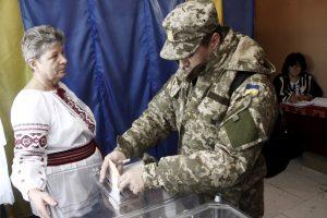 ESBO: rinkimai Ukrainoje – demokratiški, bet reikalingos tolesnės reformos