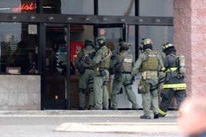 Našvilio kino teatre policija nukovė kirviu ginkluotą užpuoliką