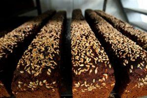 Juodos duonos vartojimas Lietuvoje išlieka stabilus, batono – mažėja