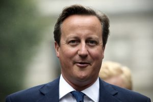 D. Cameronas paskutiniuose debatuose prieš rinkimus pasirodė geriau už varžovus