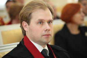 Korupcija įtariama ir A. Neveros ginama prokurorė N. Bareikienė nori išeiti į laisvę