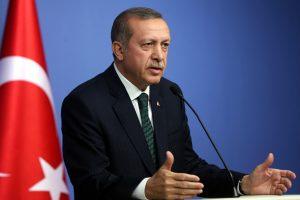 Turkija ragina JAV ir Britaniją atšaukti kompiuterių orlaiviuose draudimus