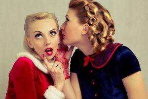 Žvaigždžių plaukų stilistas: apie blondines ir šventines šukuosenas