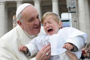 Popiežius laužo tradicijas jau per pirmąsias savo išrinkimo metines