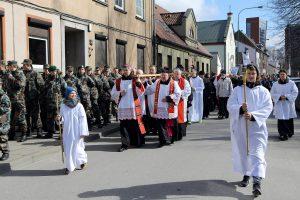 Tikintieji ėjo Kryžiaus kelią