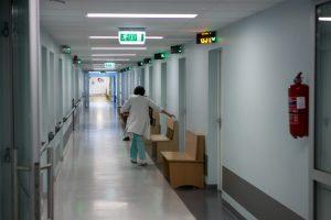 Į Alytaus ligoninę atvežta sumušta 13-metė