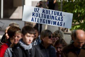 Algos kultūrininkams didės 75 eurais
