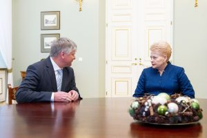 K. Navickas prašo prezidentės jį atleisti, nebenori dirbti su S. Skverneliu