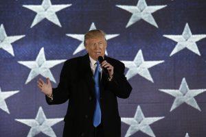 Ekonomistai: didžiausia grėsmė – galimi D. Trumpo prekybos karai