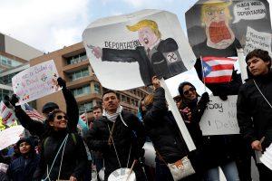 JAV prezidentas pažadėjo paskelbti naują įsaką dėl imigracijos