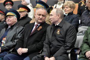 Moldova išsiunčia penkis Rusijos diplomatus