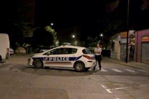 Prancūzijoje per šaudynes mečetėje sužeisti 8 žmonės