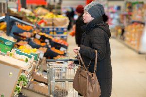 Tyrimas: prekių krepšelis tarp didmiesčių pigiausias – Vilniuje