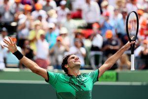 Trečiasis sezono titulas: R. Federeris Majamyje įveikė R. Nadalį