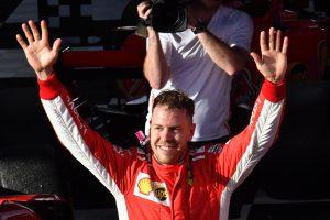 """Pirmąsias sezono """"Formulės-1"""" lenktynes laimėjo vokietis S. Vettelis"""