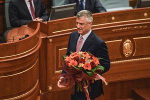 Kosovo prezidentu išrinktas ekspremjeras H. Thaci