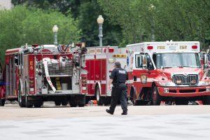 JAV sprogus naftos produktotiekiui žuvo žmogus, dar keli sužeisti