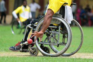 Dėl medikų klaidos vyras be reikalo 43 metus praleido invalido vežimėlyje
