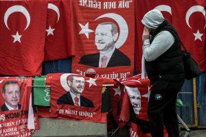 Su perversmo organizatoriais kovojanti Turkija atleido dar daugiau tarnautojų