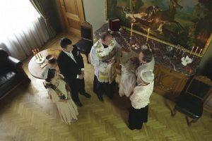 Jubiliejaus proga – V. Adamkaus krikštynų scena seriale