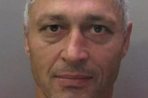 Anglijoje iš kalėjimo pabėgo pavojingas lietuvis, nuteistas už pedofiliją